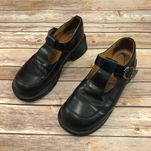 0e2a7bc80d68f Dr. Martens, vintage England t-strap Mary Jane